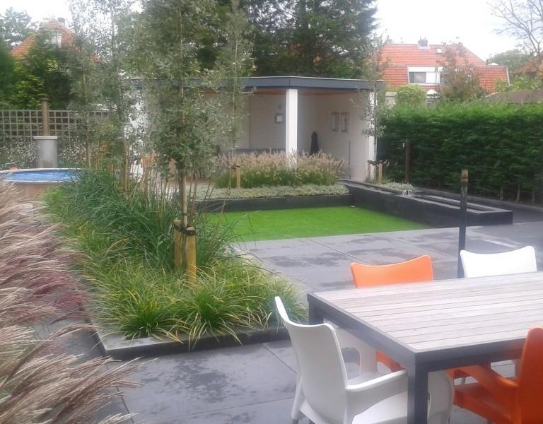 Leerdam-moderne-tuin-768x600